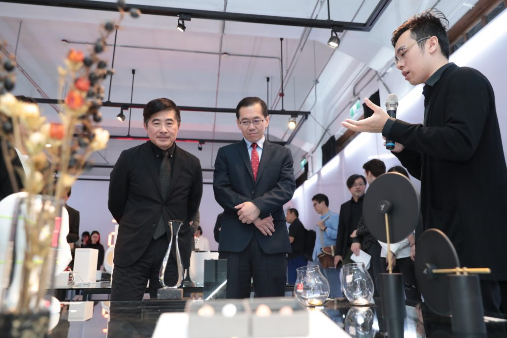 Golden Pin Design Award 2019 Winners Exhibition_10_Chih-Ching Yang (Deputy Director General of Industrial Development Bureau, MOEA)_Chi-Yi Chang (Chairman of Taiwan Design Center)